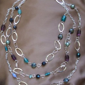 Triple Layered Chain Beaded Necklace