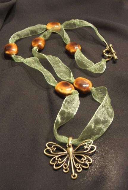 dragonfly-ribbon-necklace.jpg