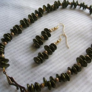Easy Offset Bead Necklace & Earring Set