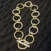 Two Tone Jump Ring Bracelet
