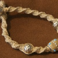 How to Make Hemp Jewelry