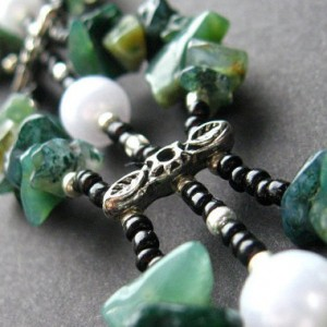 Shop Moss Agate Jewelry! Handmade Wrist Cuff in Agate – Pearls in th Moss Bracelet. Handmade Bracelet. | Natural genuine Agate jewelry. Buy crystal jewelry, handmade handcrafted artisan jewelry for women.  Unique handmade gift ideas. #jewelry #beadedjewelry #beadedjewelry #gift #shopping #handmadejewelry #fashion #style #product #jewelry #affiliate #ad