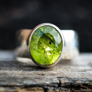 Peridot Ring – Size 7 Peridot Ring – Large Peridot Ring – August Birthstone – August Birthstone – Peridot Jewelry- Size 7 Ring
