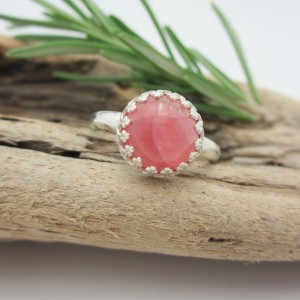 Rhodochrosite Ring In Sterling Silver – Crown Bezel Cabochon Ring – Free Gift Wrapping