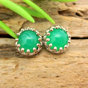 Chrysoprase Stud Earrings, Green Cabochon Earrings In White Gold, 6mm