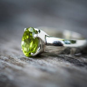 Peridot Ring – Size 7.75 Peridot Ring – Gorgeous Peridot Ring – August Birthstone – August Birthstone – Peridot Jewelry- Size 7.75 Ring