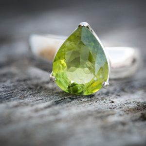 Peridot Ring – Size 7.5 Peridot Ring – Gorgeous Peridot Ring – August Birthstone – August Birthstone – Peridot Jewelry- Size 7.5 Ring