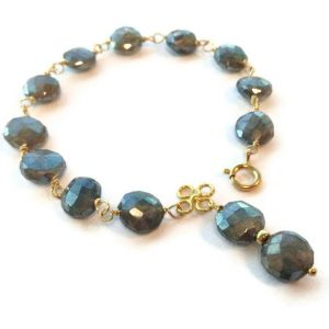 Labradorite Bracelet – Gray Bracelet – Gold Jewelry – Grey Natural Gemstone Jewellery – Iridescent – Wire Wrapped – Fashion B-219