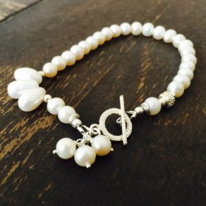 Pearl Bracelet – Pearl Jewelry – White Gemstone Jewelry – Beaded Jewelery – Asymmetric – Sterling Silver – Wedding – Bride