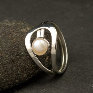 Pearl Ring- Silver Pearl Ring- Gemstone Ring- Sterling Silver Ring- White Pearl Ring- June Birthstone Ring- Freshwater Pearl | Natural genuine Pearl rings, simple unique handcrafted gemstone rings. #rings #jewelry #shopping #gift #handmade #fashion #style #affiliate #ad