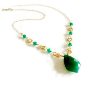 Green Necklace – Onyx Gemstone – Statement Jewellery – Gold Jewelry – Dangle – Pendant – Drop Chain Fancy | Natural genuine Gemstone necklaces. Buy crystal jewelry, handmade handcrafted artisan jewelry for women.  Unique handmade gift ideas. #jewelry #beadednecklaces #beadedjewelry #gift #shopping #handmadejewelry #fashion #style #product #necklaces #affiliate #ad