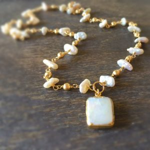 Pearl Necklace – White Jewelry – Gemstone Jewelry – Gold – Pendant – Wedding – Bride – Luxe