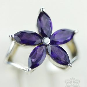 Size 5 Flower Shaped Amethyst (nickel Free) 925 Fine S0lid Sterling Silver Ring & Free Worldwide Express Shipping R780