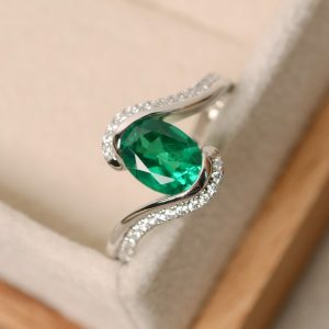 Emerald ring, oval cut ring, emerald engagement ring, green gemstone ring, ring emerald gemstone | Natural genuine Gemstone rings, simple unique alternative gemstone engagement rings. #rings #jewelry #bridal #wedding #jewelryaccessories #engagementrings #weddingideas #affiliate #ad