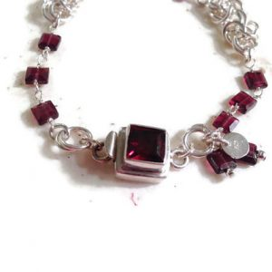 Garnet Bracelet – January Birthstone – Sterling Silver Jewelry – Garnet Gemstone Jewellery – Red – Chainmaille – Box Clasp