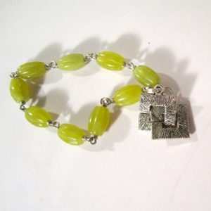 Olive Green Bracelet – Jade Jewelry – Natural Gemstone Jewellery – Fashion – Wire Wrapped – Everyday – Silver Br-125