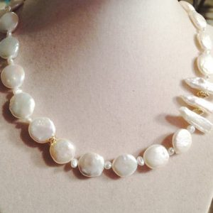 Pearl Necklace – Gold Jewelry – White Gemstone Jewellery – Wedding – Luxe – Elegant – Beaded