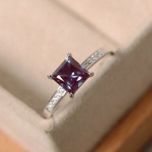 Alexandrite Ring, Sterling Silver, Princess Cut, Gemstone Ring Alexandrite