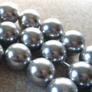 Shell Pearl Beads 10mm Lustrous Smoke Gray Smooth Rounds  – 6 Pieces