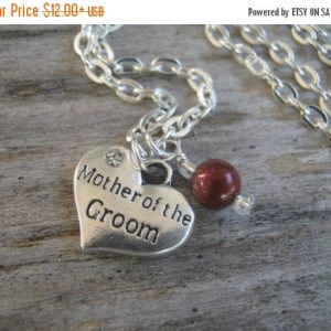 Mother of the Groom Necklace, Personalized Mother of the Groom Jewelry, Pearl Wedding Necklace, Heart Bridal Jewelry, Choose Your Color