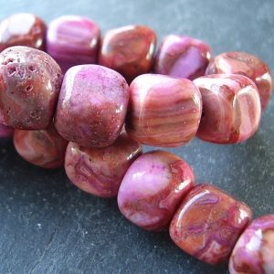"Shop Crazy Lace Agate Beads! Crazy Lace Agate Beads 7mm Smooth Pink Marbled 3d Cubes – 8"" Strand 