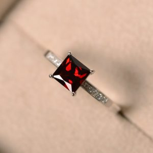 Natural garnet ring, princess cut garnet, garnet wedding ring, sterling silver, January birthstone, red gemstone