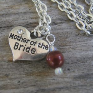Mother of the Bride Necklace, Mother of the Bride Pearl Jewelry, Personalized Wedding Necklace, Heart Bridal Jewelry, Choose Your Color