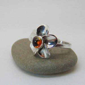 Citrine Flower Ring – Sterling Silver Ring – Citrine Jewellery – Daisy Ring – Flower Jewellery – US Size 7 – UK Size N.