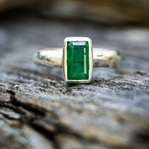 Emerald Ring 8 – Emerald Ring Size 8 – May Birthstone – Silver Emerald Ring – Natural Emerald – Emerald Jewelry – Emerald Ring Size 8 Ring