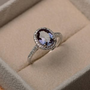 Lab Alexandrite Ring, Engagement Ring, Oval Cut, Sterling Silver ,june Birthstone Ring ,color Changing Ring