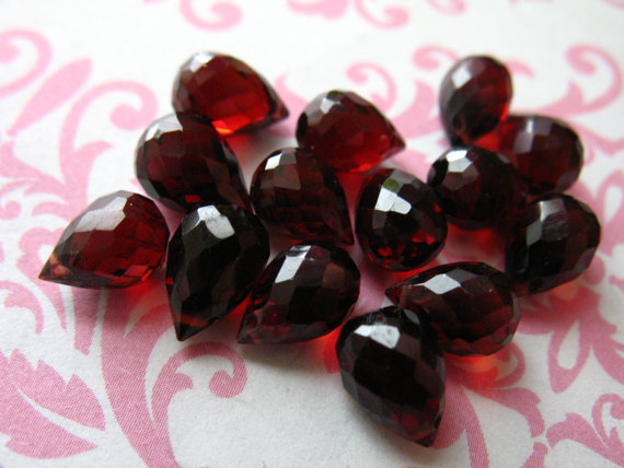 1-10 Pcs, Garnet Briolettes, Mozambique Garnet Teardrop Tear Drop Gemstone Beads, Luxe Aaa, 8-9 Mm, Large, January Birthstone Mg89 Solo Z