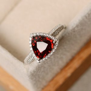 Shop Garnet Rings! Trillion cut garnet ring, red garnet, gemstone, promise ring, garnet birthstone | Natural genuine Garnet rings, simple unique handcrafted gemstone rings. #rings #jewelry #shopping #gift #handmade #fashion #style #affiliate #ad