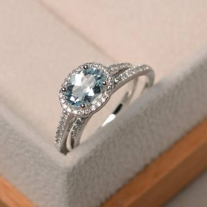 Shop Aquamarine Rings! Promise ring, natural aquamarine ring, March birthstone ring, oval cut blue gemstone, sterling silver ring | Natural genuine Aquamarine rings, simple unique handcrafted gemstone rings. #rings #jewelry #shopping #gift #handmade #fashion #style #affiliate #ad