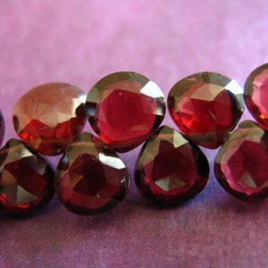 Garnet Heart Briolettes Beads / 5-7 Mm, Luxe Aaa / Mozambique Garnet Faceted Beads, January Birthstone Brides Bridal Wholesale 57