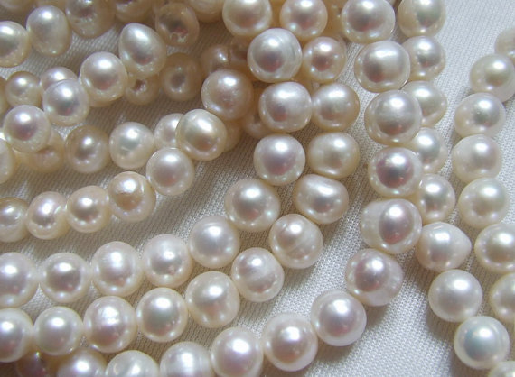 Shop Sale..1 5 10 Strands, Freshwater Pearls, White Round Pearl, Cultured, 4-5 Mm, Round Off Round June .brides Bridal Rw Pearl 45 Solo