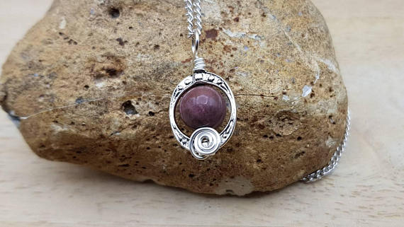 Pink Rhodonite Pendant Necklace. Reiki Jewelry Uk. Taurus Pendant. Silver Plated Wire Wrap Pendant. Oval Frame Necklaces For Women.