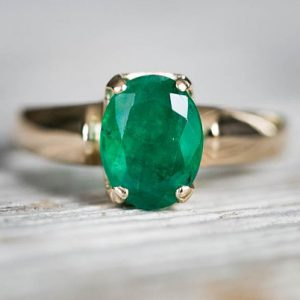 Emerald Ring 14K Gold Size 6 – Emerald Jewelry – Engagement Ring Alternative – 14k Gold – Emerald Ring – Natural Emerald – Ring Size 6 | Natural genuine Array rings, simple unique alternative gemstone engagement rings. #rings #jewelry #bridal #wedding #jewelryaccessories #engagementrings #weddingideas #affiliate #ad
