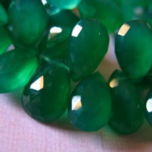 Shop Onyx Bead Shapes! 5-20 pcs / CHALCEDONY Briolette, PEAR Beads Briolettes / Luxe AAA, 12-14 mm, Green Onyx / brides bridal may birthstone 1214 bgg solo | Natural genuine other-shape Onyx beads for beading and jewelry making.  #jewelry #beads #beadedjewelry #diyjewelry #jewelrymaking #beadstore #beading #affiliate #ad