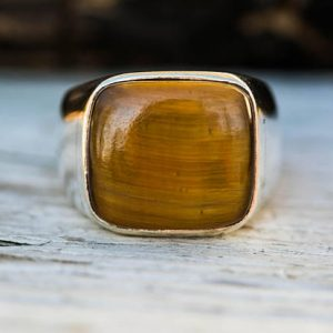 Shop Tiger Eye Rings! Tiger Eye Ring 10.5 – Tigers Eye Size 10.5 Ring – Tigers Eye Jewelry – Tigers Eye Silver Ring – Tiger's Eye Unisex Ring – Tigers Eye Ring | Natural genuine Tiger Eye rings, simple unique handcrafted gemstone rings. #rings #jewelry #shopping #gift #handmade #fashion #style #affiliate #ad