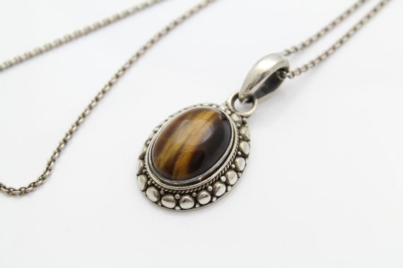 "Bold Vintage Tigers Eye Pendant Set On 18"" Sterling Silver Chain. [8085]"