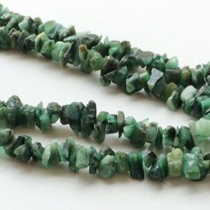 Shop Emerald Chip & Nugget Beads! Emerald, Emerald Green Beads, Emerald Chips, Emerald Green Gemstone, Emerald Necklace, 6-8mm Beads, 32 Inch Strand | Natural genuine chip Emerald beads for beading and jewelry making.  #jewelry #beads #beadedjewelry #diyjewelry #jewelrymaking #beadstore #beading #affiliate #ad