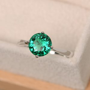 Emerald ring, brilliant cut, solitaire ring, sterling silver, solitaire emerald ring | Natural genuine Gemstone rings, simple unique handcrafted gemstone rings. #rings #jewelry #shopping #gift #handmade #fashion #style #affiliate #ad