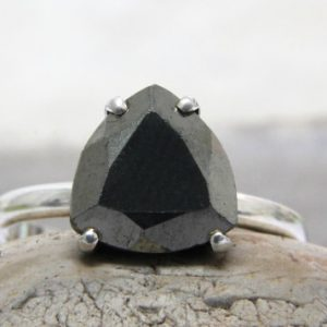 Pyrite ring,silver ring,triangle ring,trillion ring,gray ring,semiprecious ring,silver gemstone ring | Natural genuine Pyrite rings, simple unique handcrafted gemstone rings. #rings #jewelry #shopping #gift #handmade #fashion #style #affiliate #ad