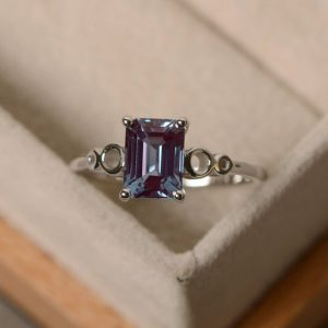 Shop Alexandrite Jewelry! Lab alexandrite ring, sterling silver, solitaire rings, emerald cut alexandrite ring | Natural genuine Alexandrite jewelry. Buy crystal jewelry, handmade handcrafted artisan jewelry for women.  Unique handmade gift ideas. #jewelry #beadedjewelry #beadedjewelry #gift #shopping #handmadejewelry #fashion #style #product #jewelry #affiliate #ad