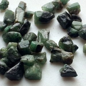 Emerald Rough, Green Emerald Rough Stones, Rough Emerald Gemstones, Raw Emerald, Loose Raw Emerald, 6-7mm, 10 Pcs | Shop beautiful natural gemstones & crystals in various shapes & sizes. Buy raw cut or polished for making jewelry or crystal healing energy reiki stones. #crystals #gemstones #jewelry #product #diy #diyjewelry #shopping #crystalhealing