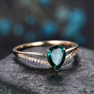 Shop Emerald Jewelry! Pear cut emerald engagement ring 14k yellow gold diamond ring split shank stacking band gift unique antique wedding promise anniversary ring | Natural genuine Emerald jewelry. Buy handcrafted artisan wedding jewelry.  Unique handmade bridal jewelry gift ideas. #jewelry #beadedjewelry #gift #crystaljewelry #shopping #handmadejewelry #wedding #bridal #jewelry #affiliate #ad