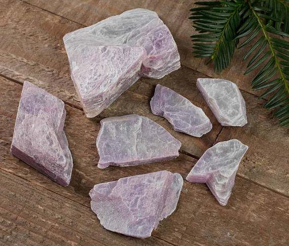 Lepidolite Raw Crystal - Metaphysical, Home Decor, Raw Crystals And Stones, E0004