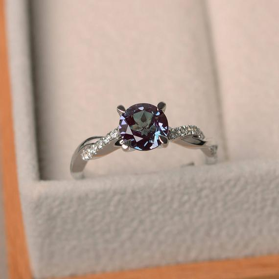 Alexandrite Silver Ring, Engagement Rings, June Birthstone, Round Cut Rings, Color Changing Gemstone, Christmas Gifts