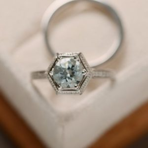 Natural aquamarine ring, March birthstone, engagement ring, promise ring for her | Natural genuine Array rings, simple unique alternative gemstone engagement rings. #rings #jewelry #bridal #wedding #jewelryaccessories #engagementrings #weddingideas #affiliate #ad