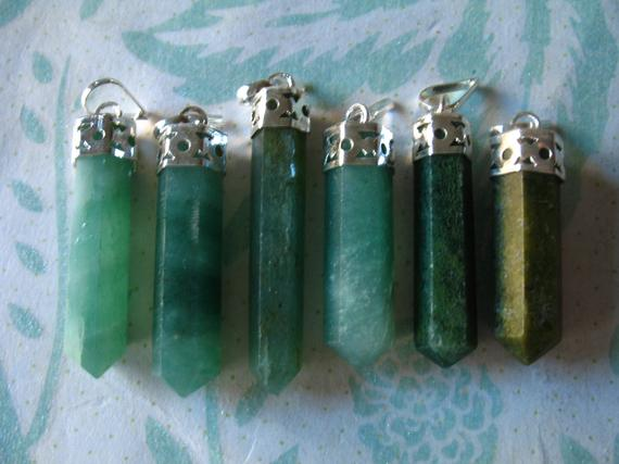 """Clearance ..gemstone Spike Point Charm Pendant Aventurine Spike Point Metaphysical Gemtone Charm, 25-35 Mm, 1-1.5"""" In , Ap70.10 Solo"""